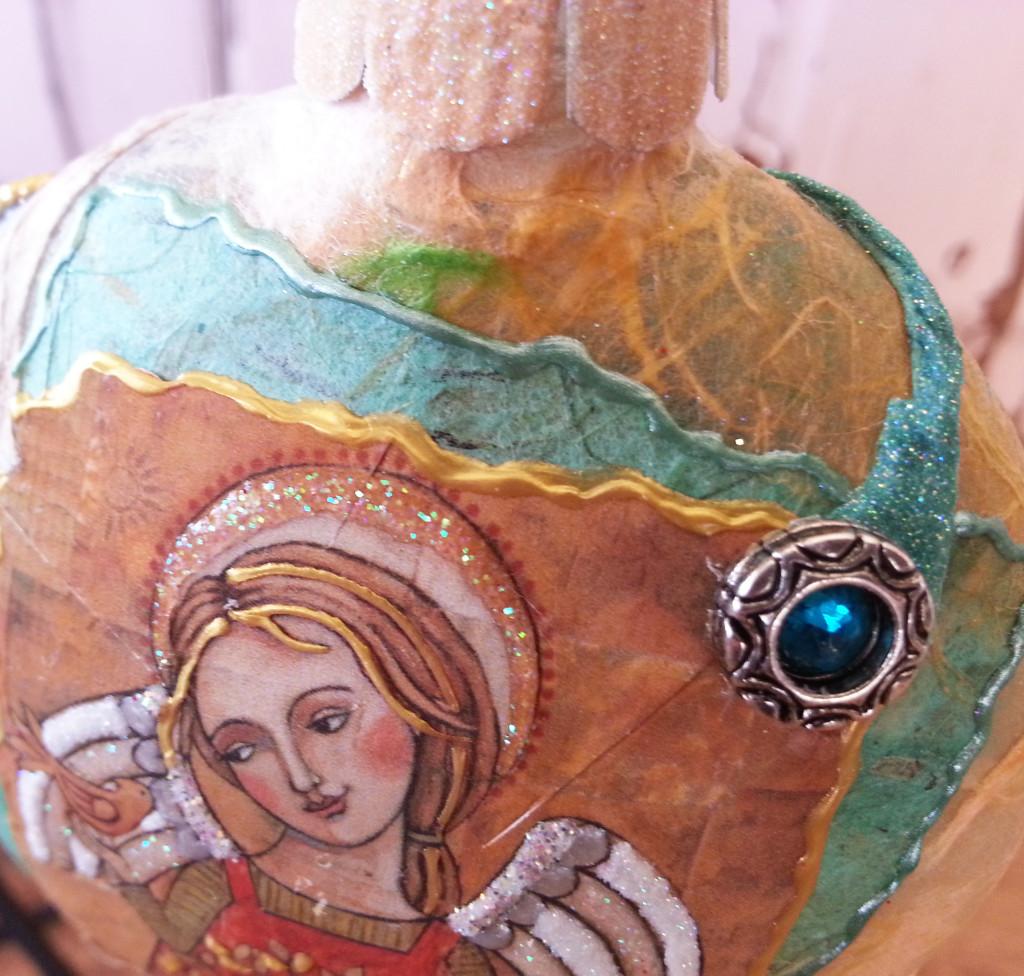 little friend front detail